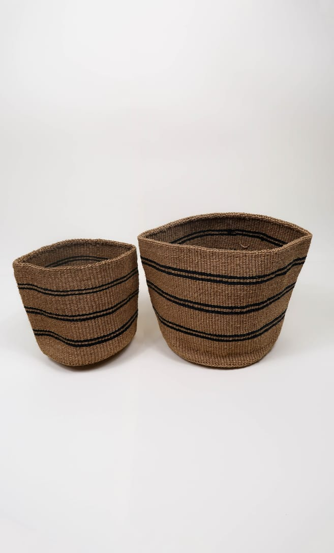 cesta spiaggia in fibre naturali realizzata in Kenya dagli artigiani africani scatto 6