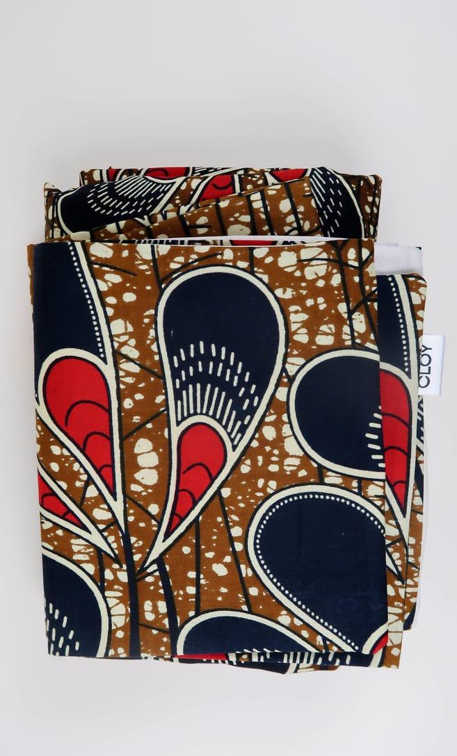 copripiumino pavone realizzato con stoffa wax in cotone originaria della Tanzania scatto 3