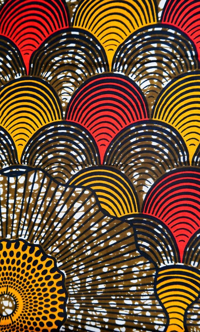 tessuto wax conchiglia 100% cotone di alta qualità made in Tanzania scatto 3