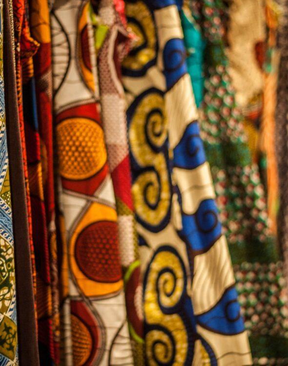 tessuto wax africano 100% cotone di alta qualità dalle stampe vivaci