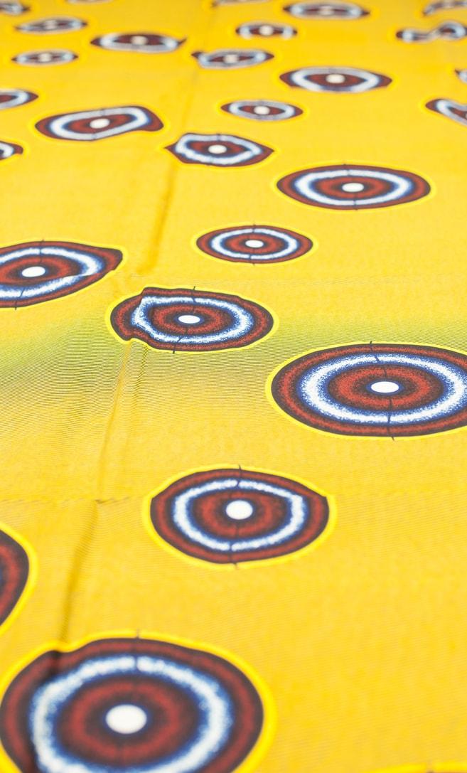 tessuto wax luna 100% cotone di alta qualità made in Tanzania scatto 2